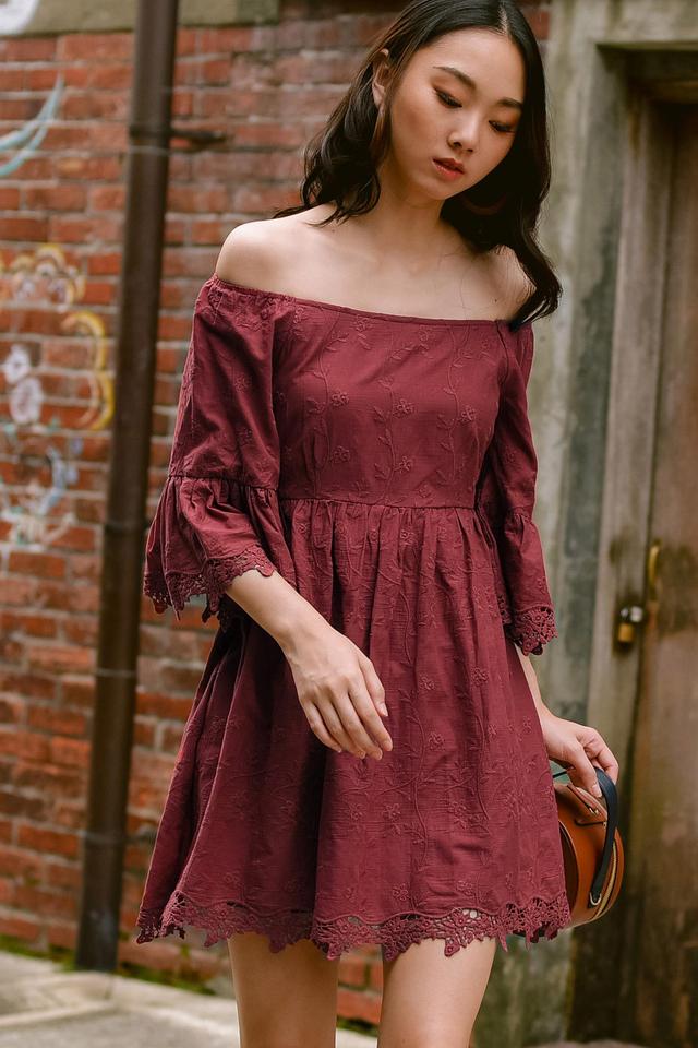 KEEGAN OFF SHOULDER DRESS IN DUSK ROSE
