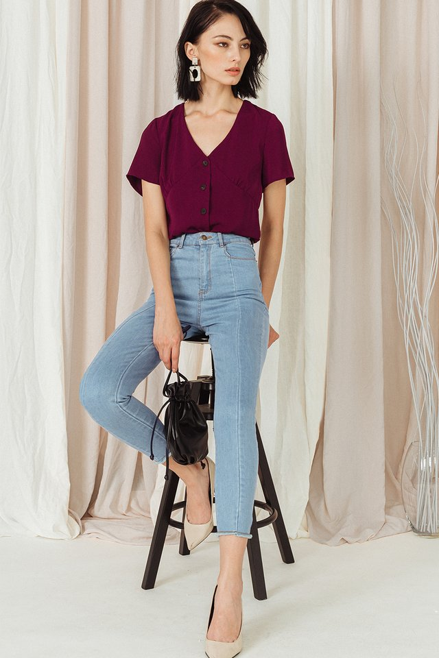 LOLA BUTTON TOP IN WINE