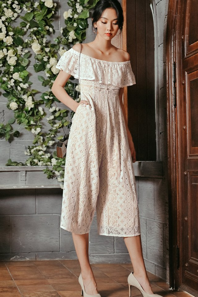 KATEN LACE JUMPSUIT IN WHITE