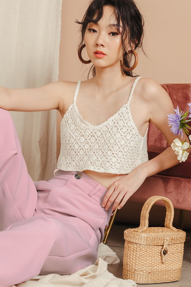 TULIA KNIT TOP IN LIGHT CREAM