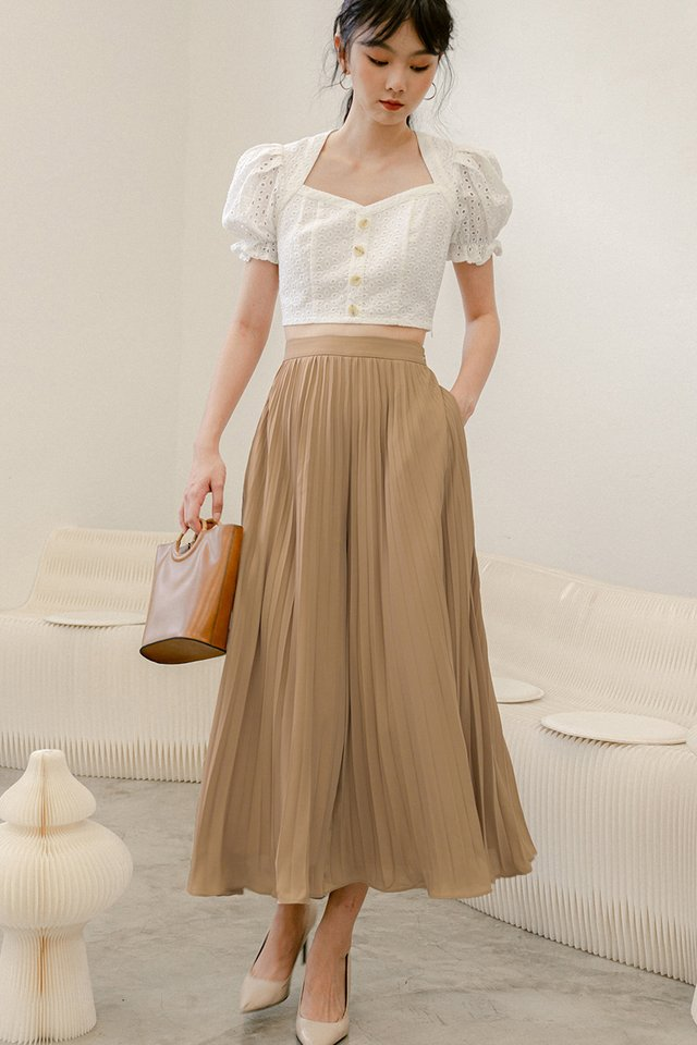 *RESTOCKED* AUDELIA PLEAT PANTS IN LATTE