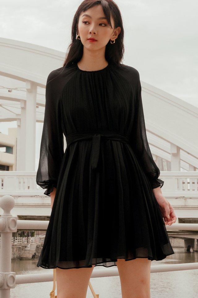 LUCA PLEAT DRESS IN BLACK