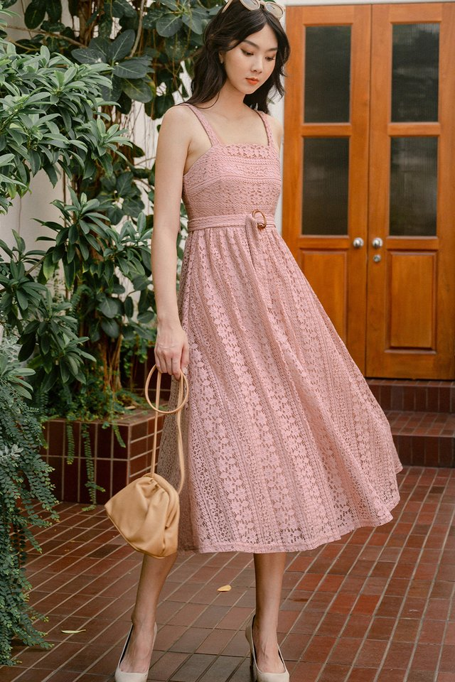 ARLY LACE MIDI IN PINK