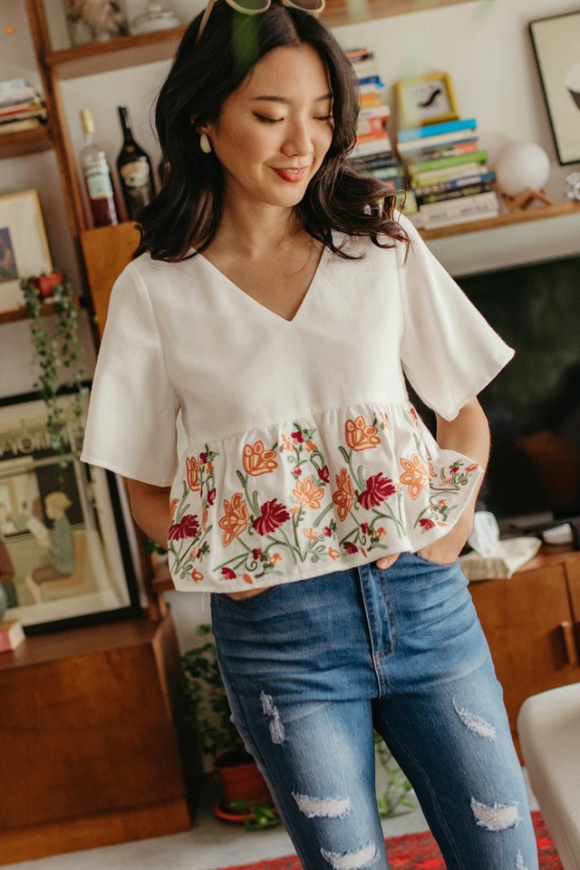 *RESTOCKED* DANIA EMBROIDERY BABYDOLL TOP