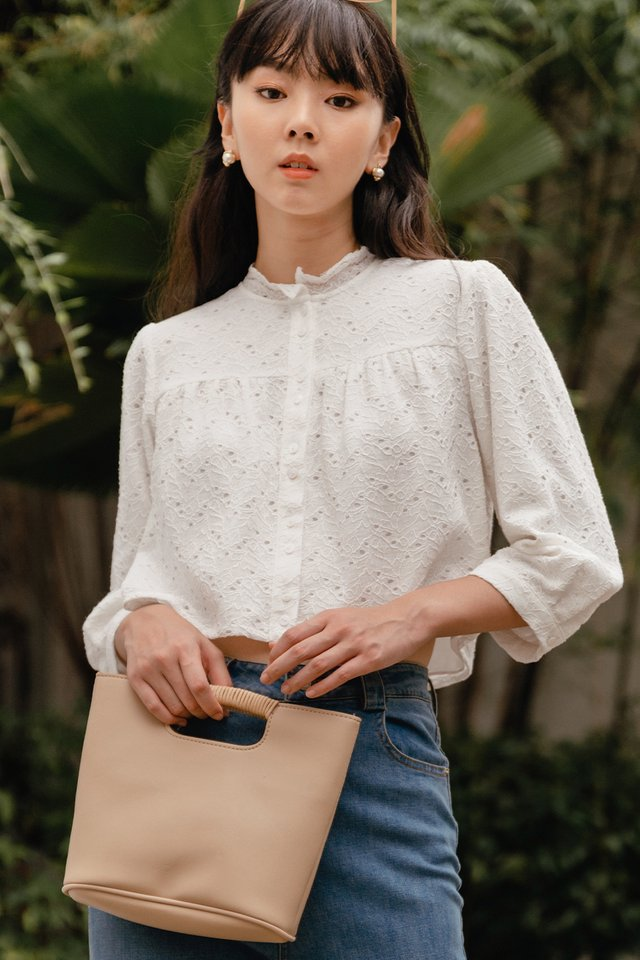 VICTOR LACE TOP IN WHITE
