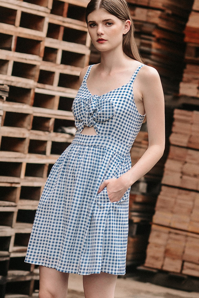 CHECKERED BOW DRESS IN BLUE
