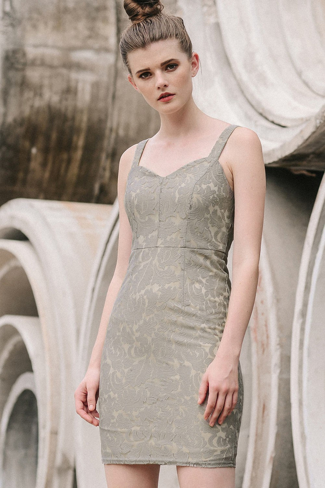 MARCHE LACE DRESS IN GREY