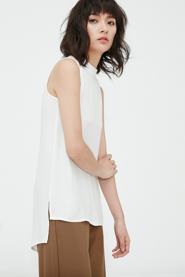 Long Back Tunic Top in White
